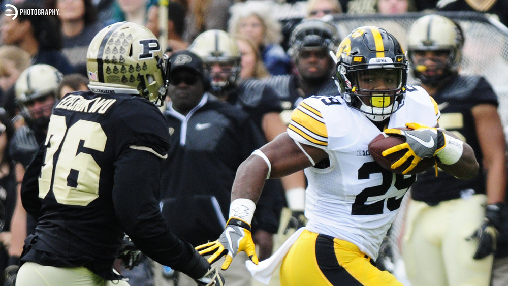 Akrum Wadley taking it to the house!