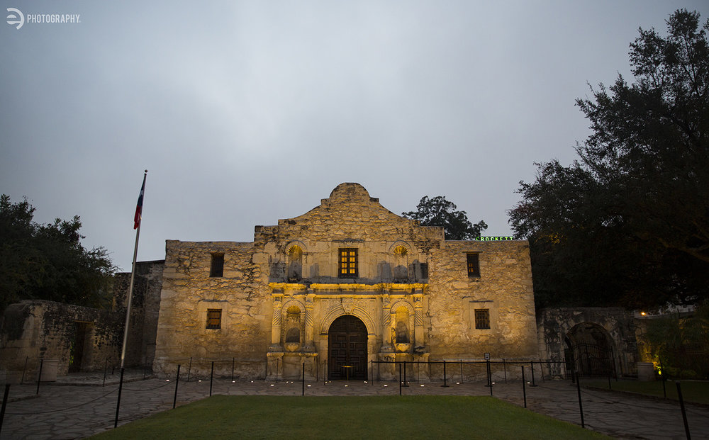 At the crack of dawn, there was not a single tourist in sight at the Alamo. But there was plenty of security via a few very friendly Texas Rangers!
