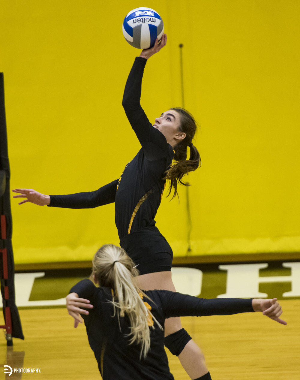 10.21.17_Volleyball_009.jpg