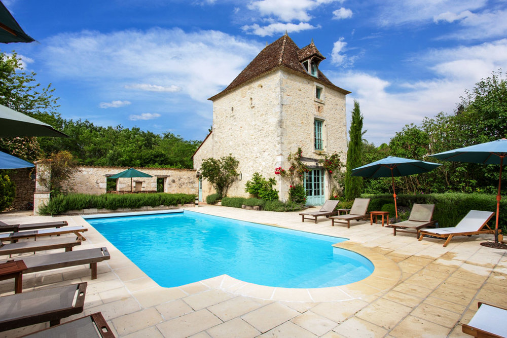 2Bardouly-Pool-and-Chateau.jpg
