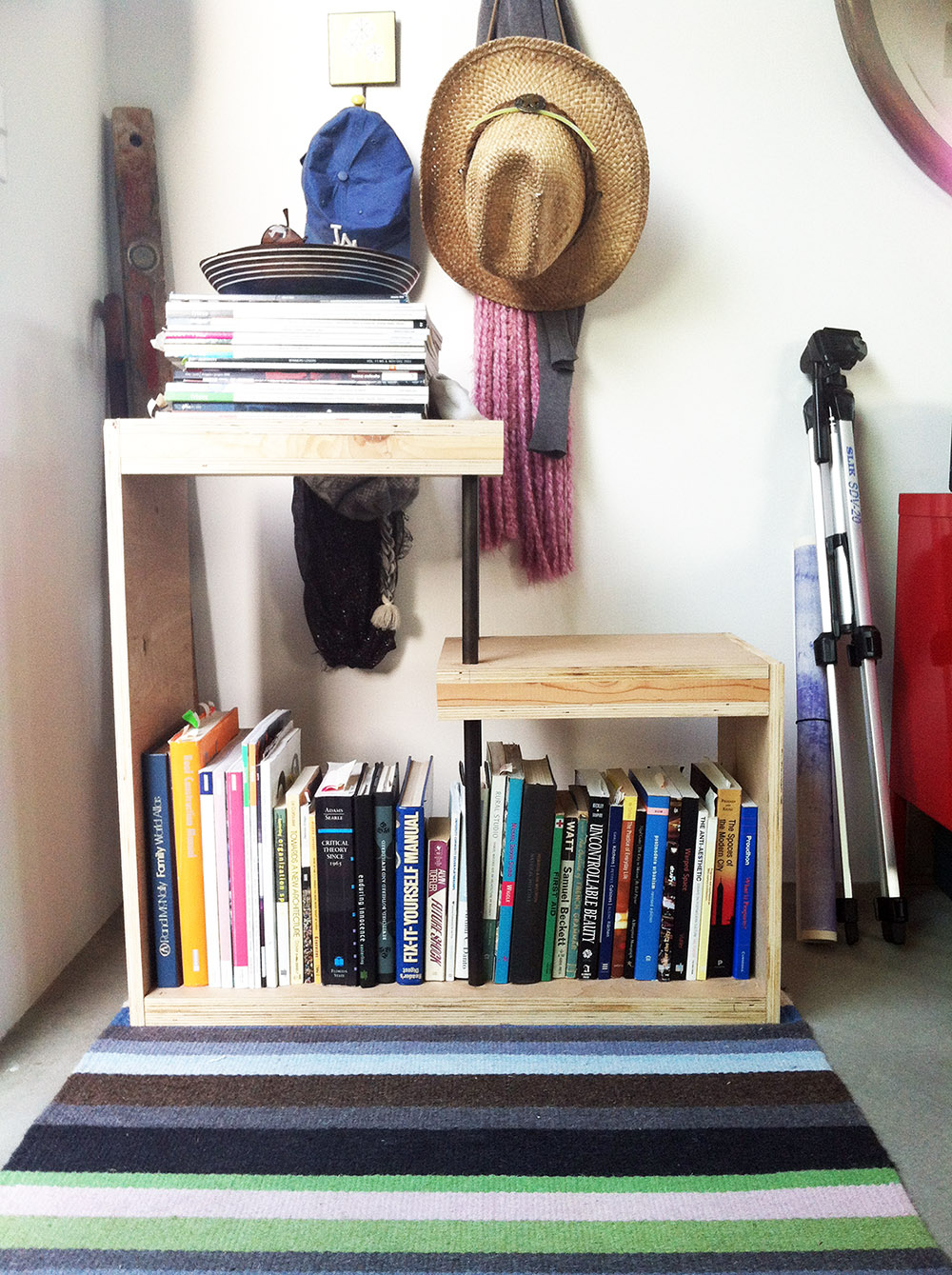 mud room shelf.jpg
