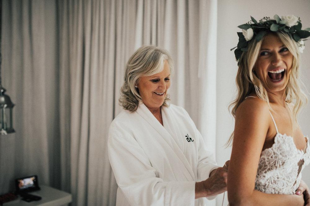 los angeles documentary wedding photographer-14.jpg