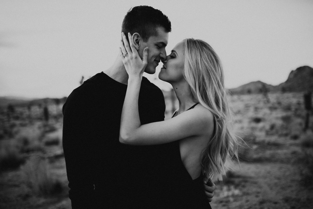 joshua tree engagement photos-4.jpg