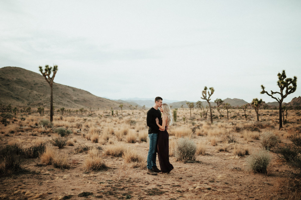 joshua tree engagement photos-5.jpg