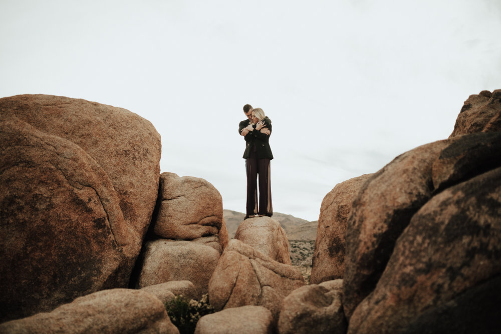 joshua tree engagement photos-12.jpg