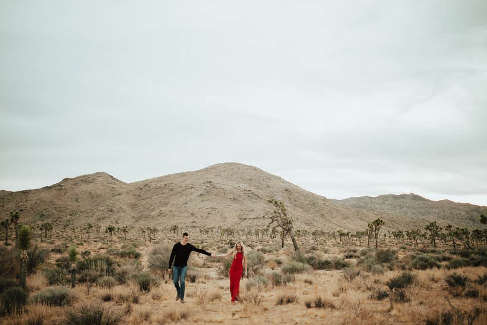 joshua tree engagement photos-18.jpg