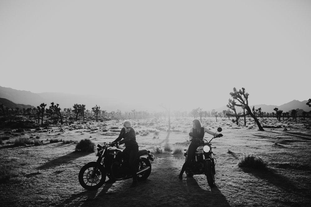 joshua tree motorcycle engagement photos-17.jpg