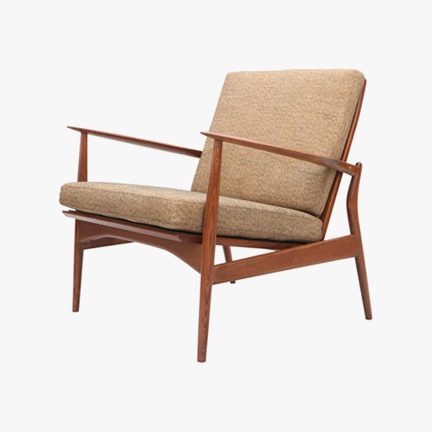 Ib-Kofod-Larsen-Lounge-Chair_01.jpg