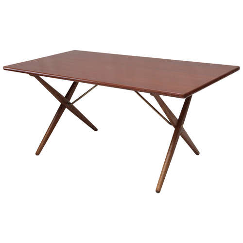 Perfect Hans Wegner AT 303 Cross-Leg Table — Denmark 50 CM74