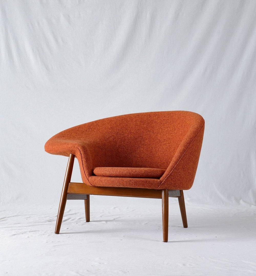 Hans Olsen  Fried Egg  Lounge Chair & Hans Olsen