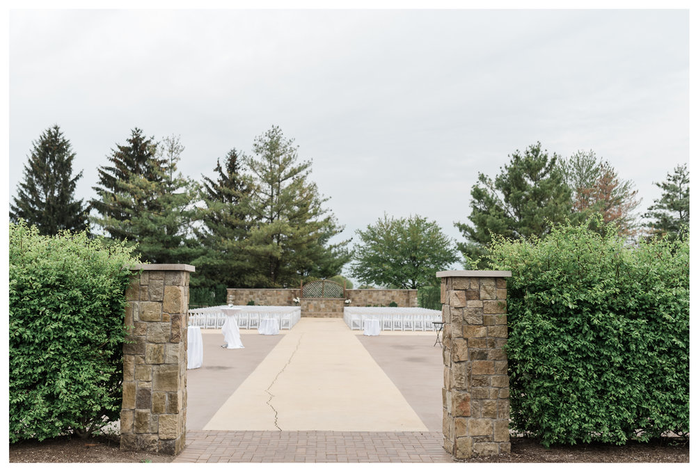 outdoor ceremony at Wedgewood Weddings North Shore in Wadsworth Illinois
