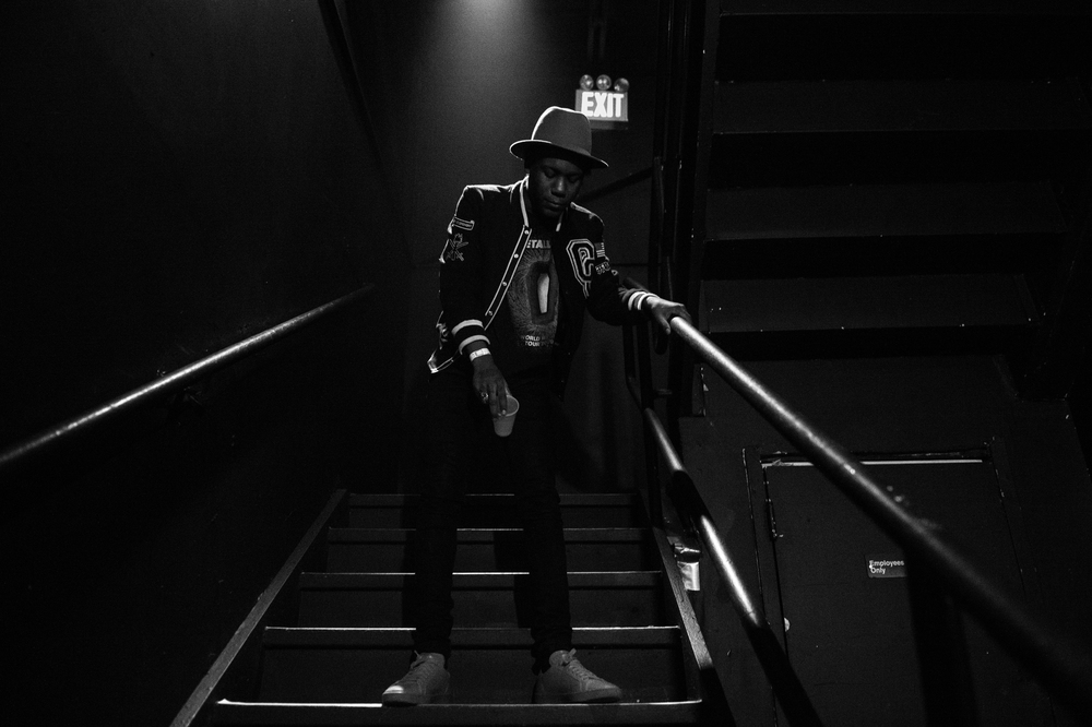 SKIZZY BACKSTAGE AT G-EAZY WIDO Tour