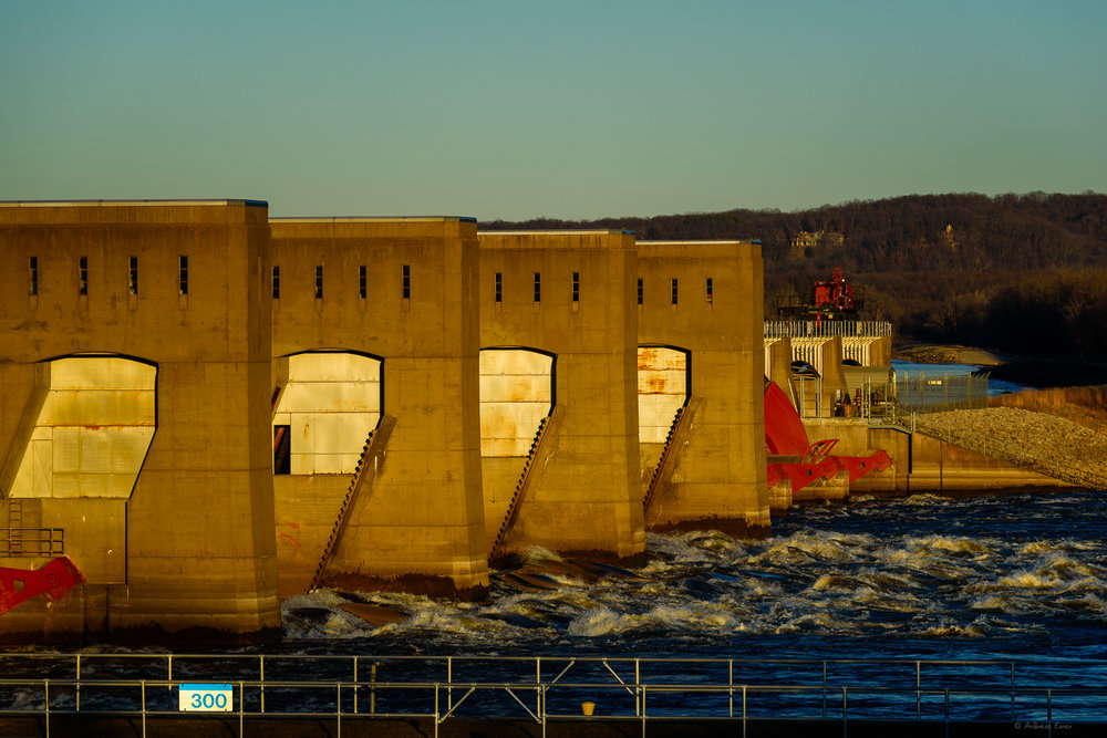 Mississippi River, Dam #12, Bellevue, Iowa