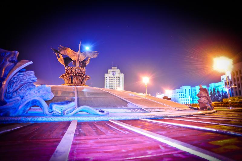 Belarus (1) - Main square in Minsk