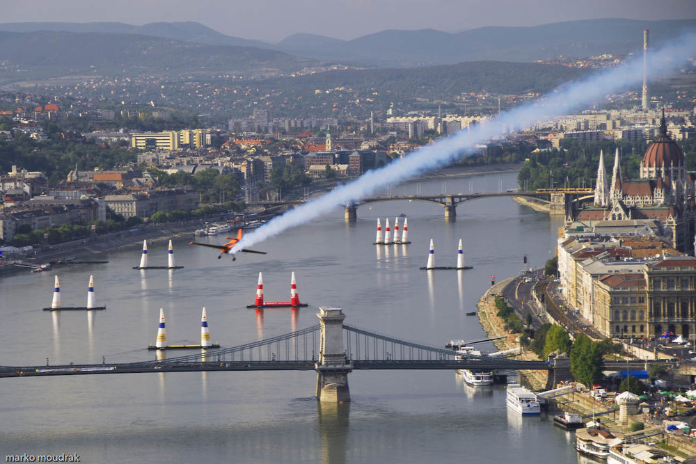 Hungary (9) - Air slalom competition in Budapest