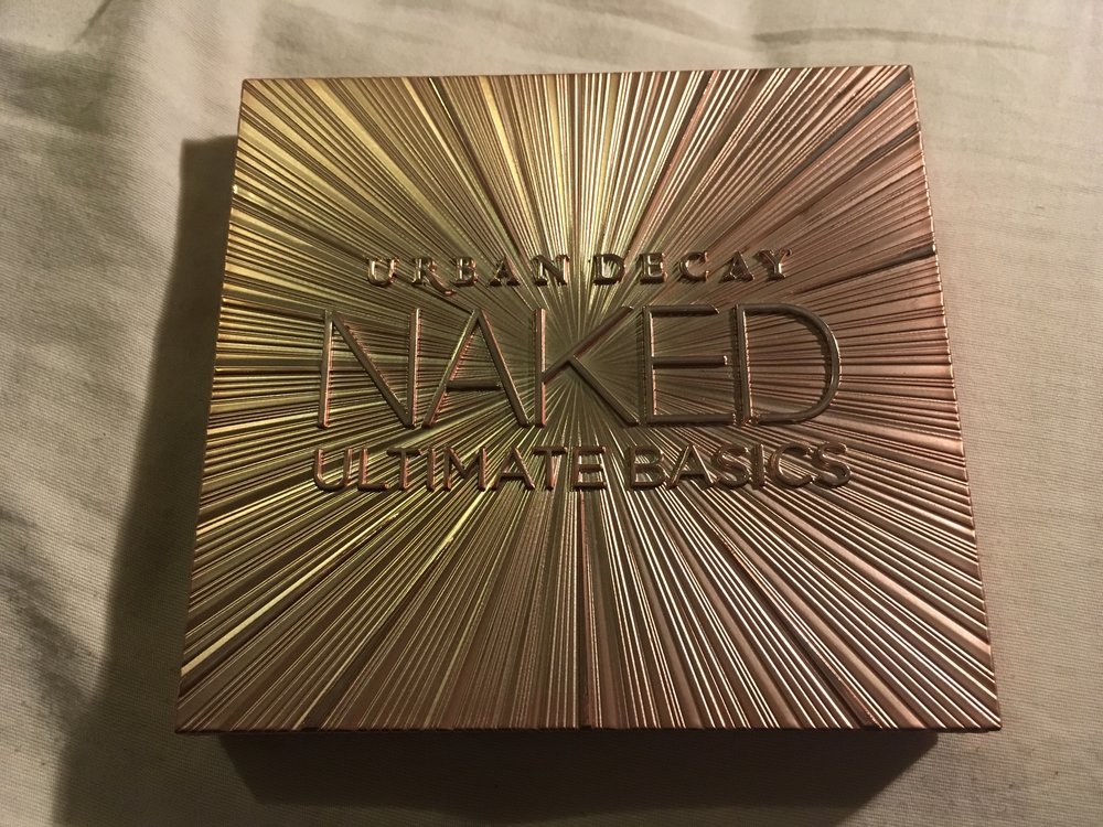 this is yna ud naked ultimate basics palette