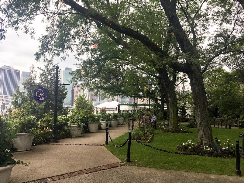 path to the river café