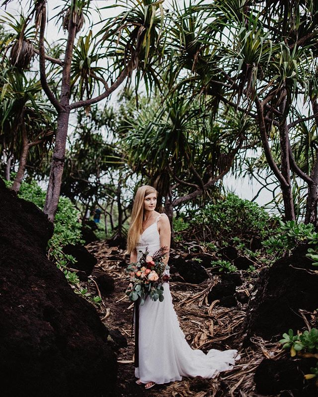 Palm trees and sea breeze. 🌴🌴 curious About planning a destination wedding or elopement ? Ask away :)