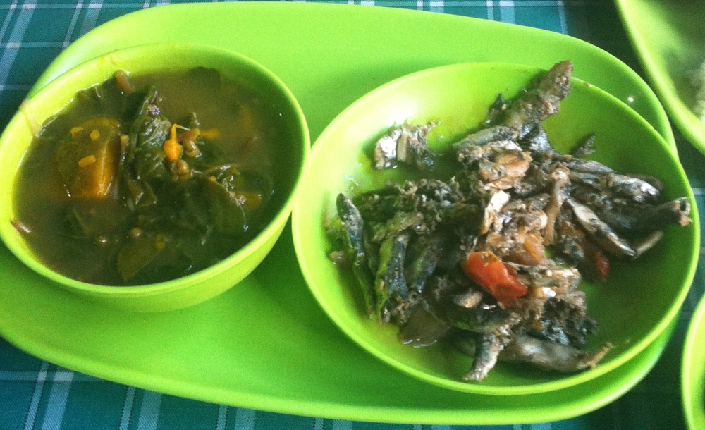 Eatery food in Iloilo: munggo (mung bean soup) and pickled anchovies.