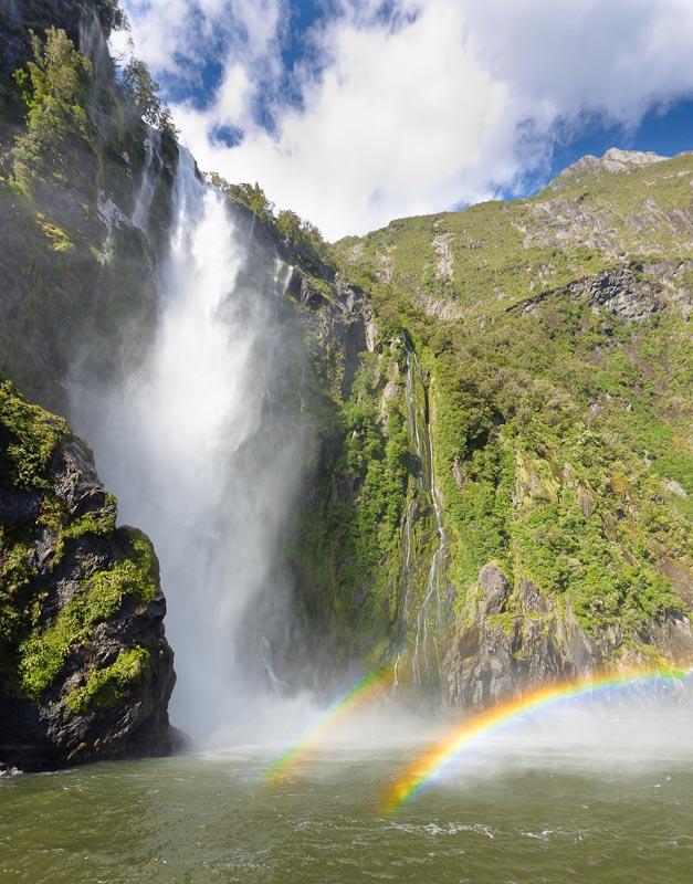 milford-sound-fiordland-novy-zeland-272.jpg