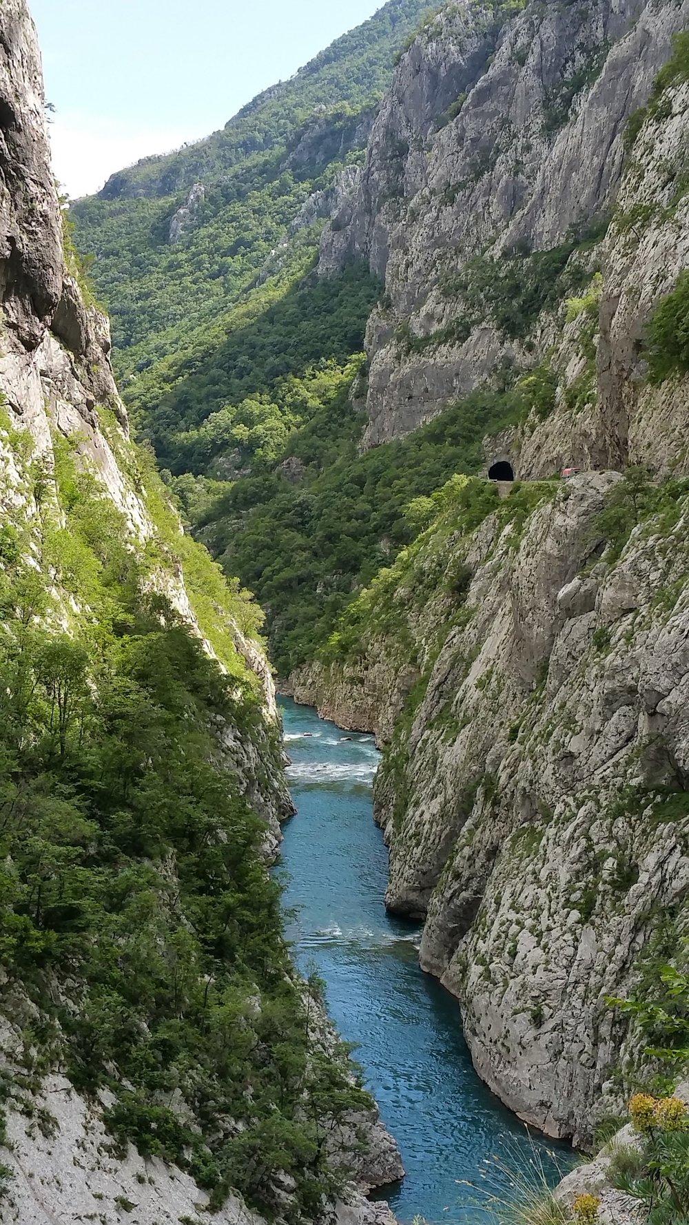 montenegro-3582524_1920.jpg