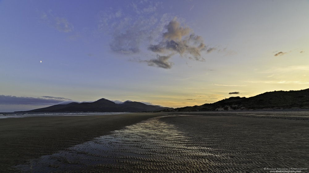 Mournes from Murlough at sunset.jpg