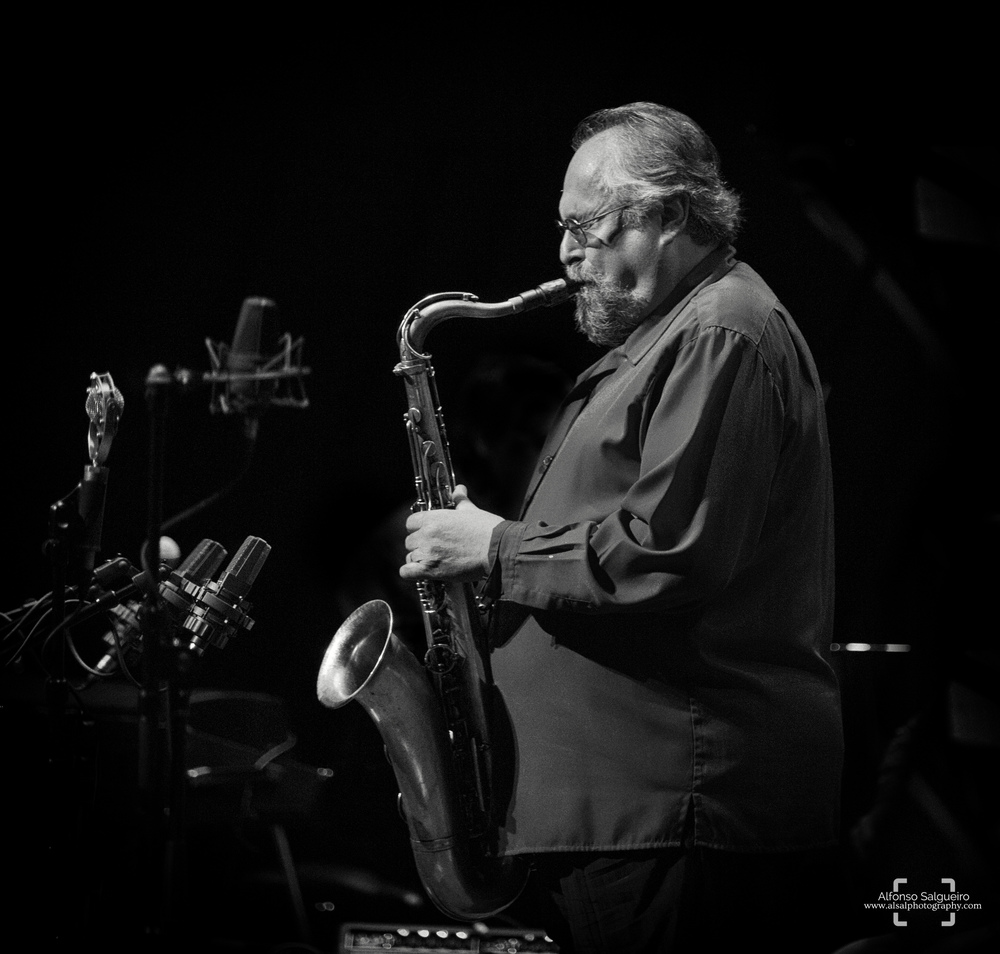 jazz-phil-5 b&w.jpg