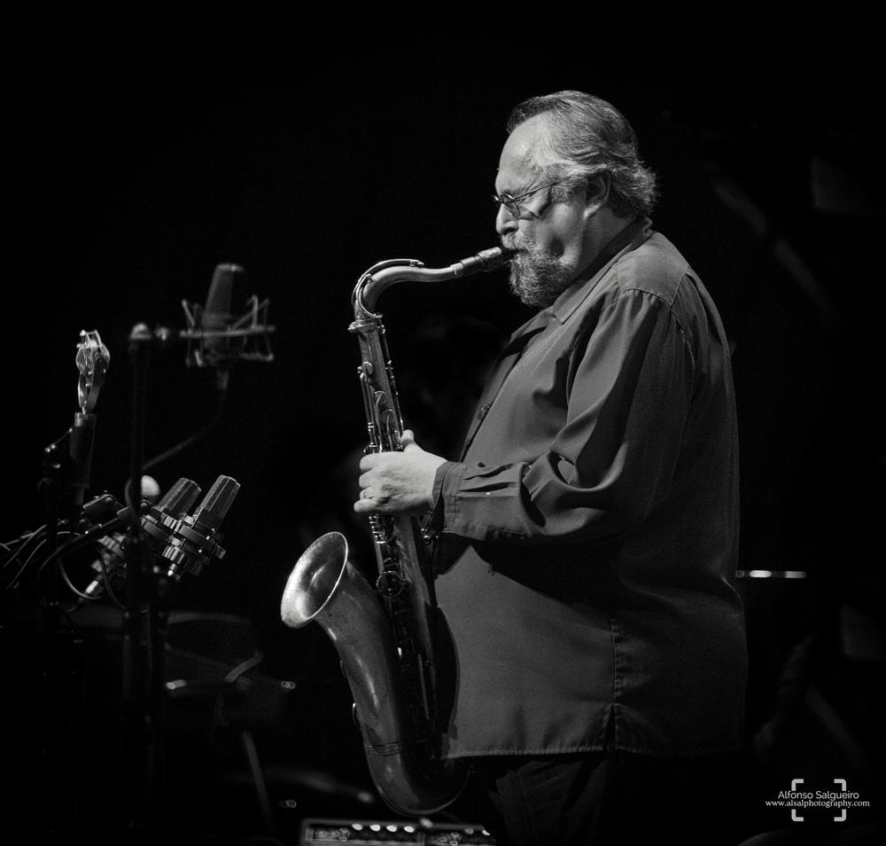jazz-phil-5 b&w.jpg