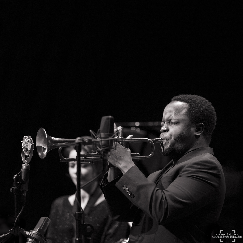 jazz-phil-17 b&w.jpg