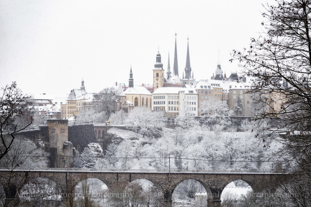 Snowfall over Luxembourg.jpg