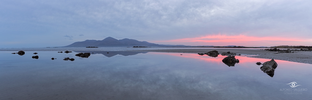 Tyrella beach sunset pano.jpg