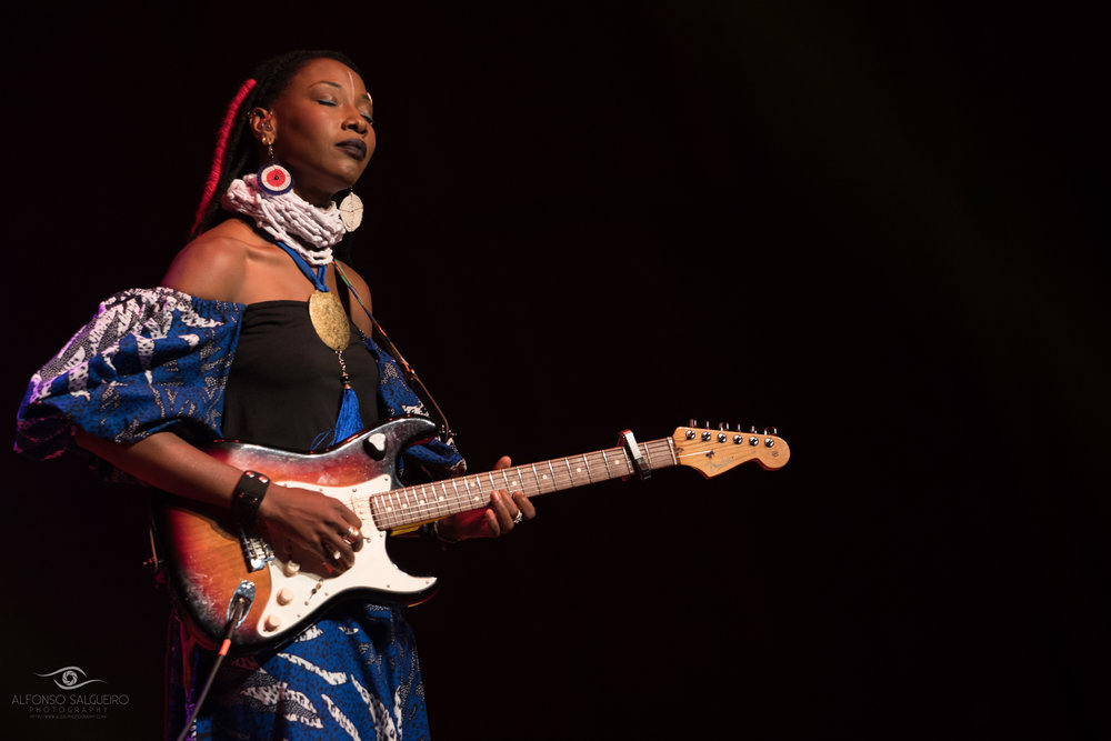 Fatoumata Diawara-2.jpg