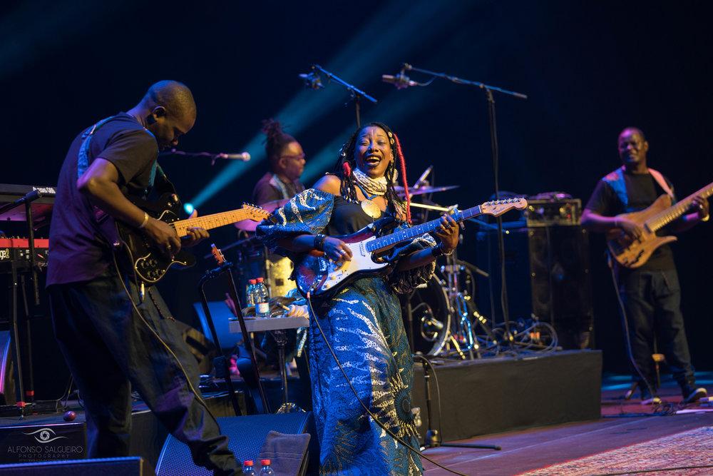 Fatoumata Diawara-7.jpg