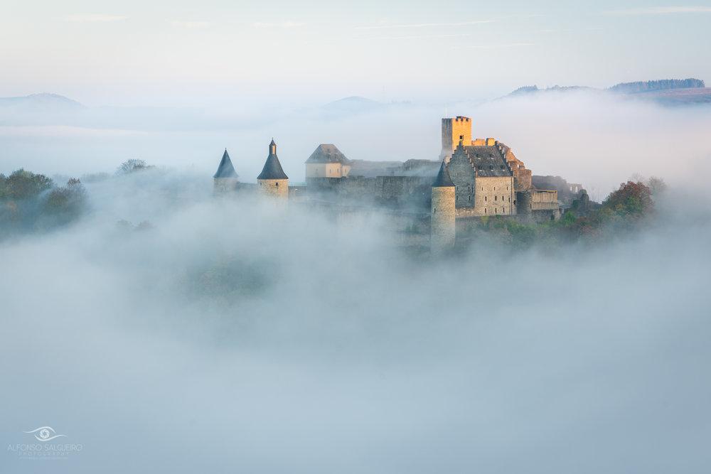 Bourscheid in the fog-3.jpg