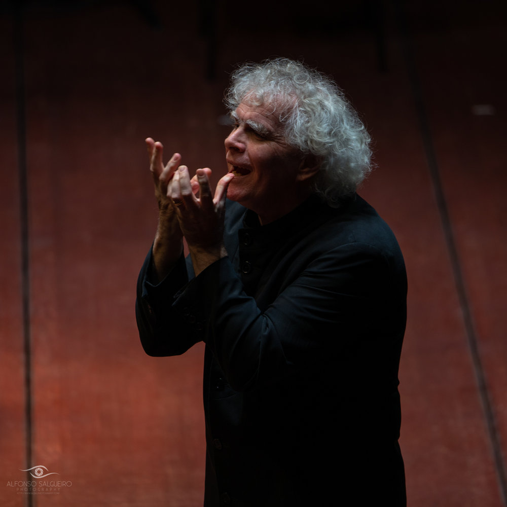 Sir Simon Rattle & Peter Sellars – Johannespassion-9.jpg