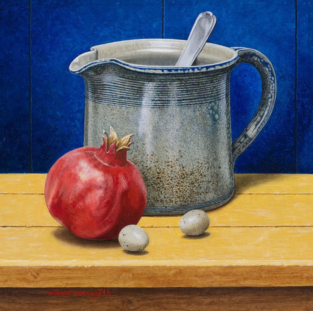Granaatappel, kwarteleitje en blauwe schenkkan | Pomegranate, quail eggs and blue flagon