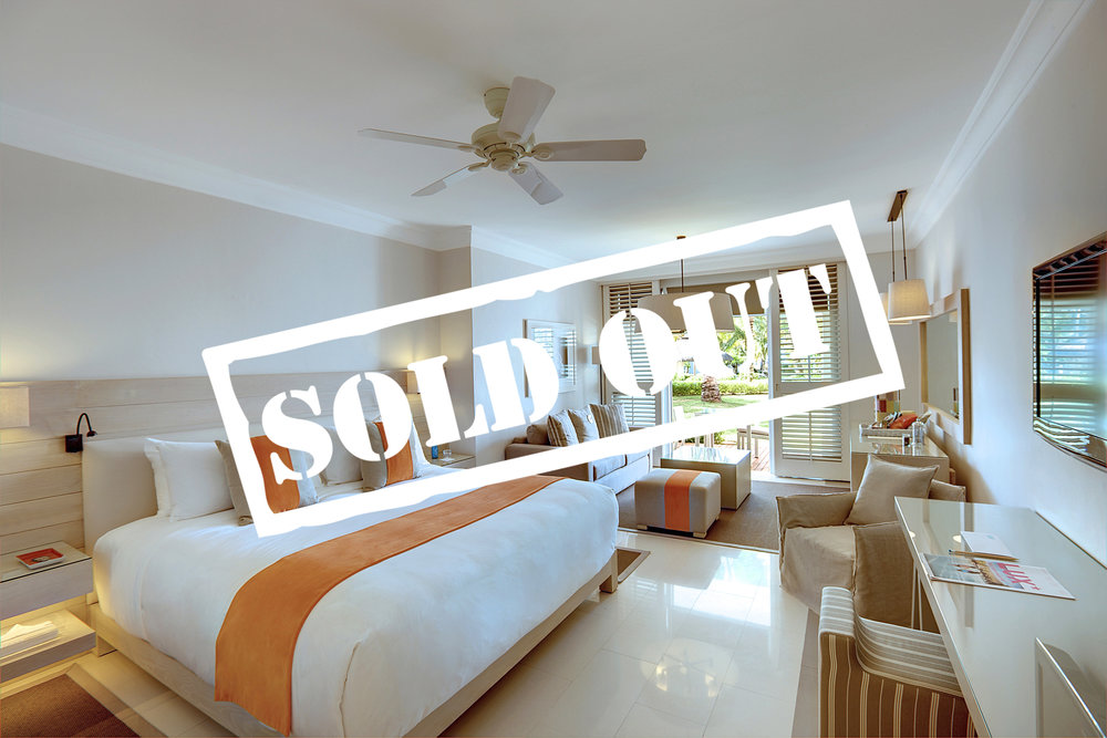 JUNIOR SUITE WITH BEACH VIEW - SOLD OUT!    TWO GUESTS PER SUITE   60 Square Metre with King Bed. Luxury Beach holiday comfort with panoramic vistas of the Indian Ocean. This suite caters for two guests.   To reserve your suite today please enquire below.