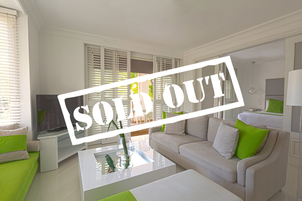 HONEYMOON SUITE - SOLD OUT!    TWO GUESTS PER SUITE   95 Square Meter Suite with King Bed. Enjoy privacy, comfort and a stunning lighter and brighter feel; nothing less will do! This suite caters for two guests.   To reserve your suite today please enquire below.
