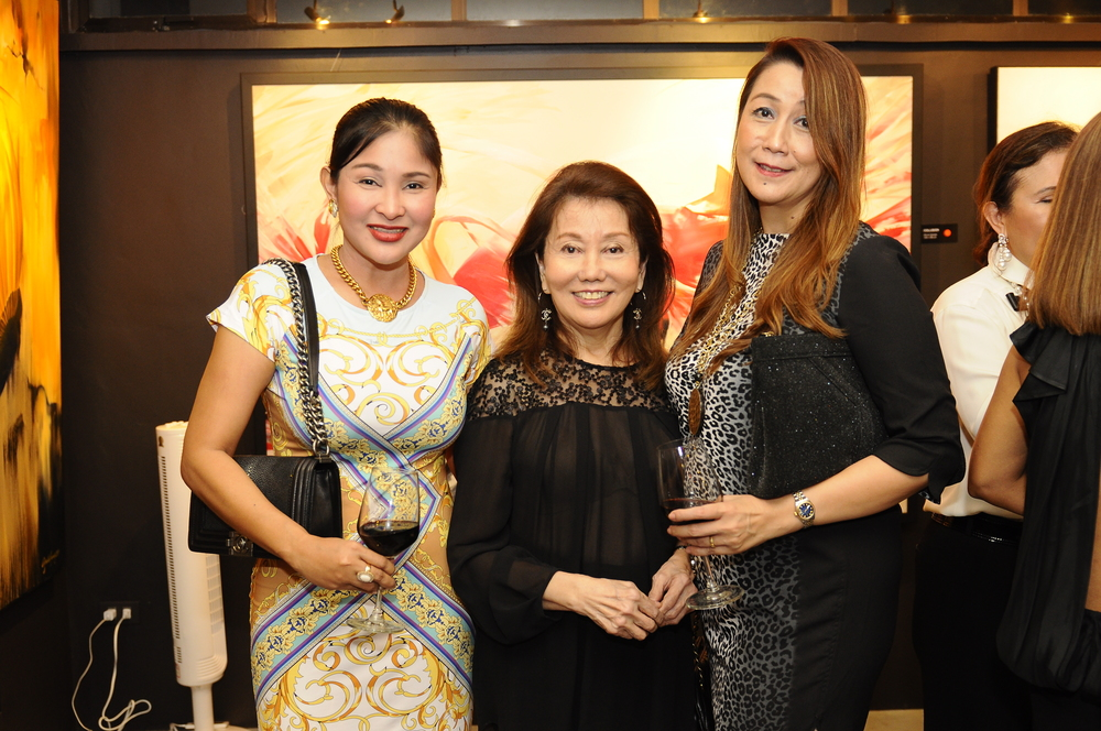 L to R - Belinda Wong, Girlie Lim and Frances Siao.JPG