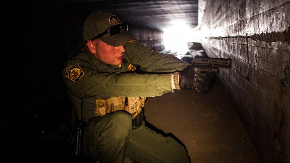 BP Agent Nogales (public domain).jpg