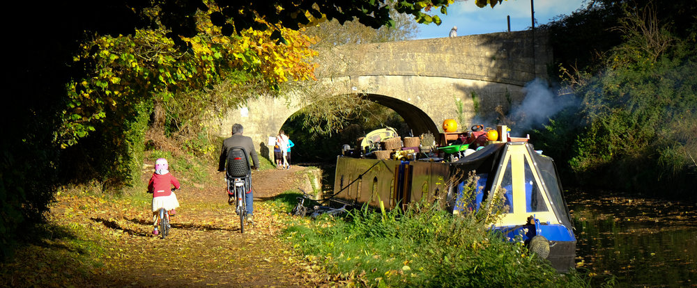 Autumn colours along the canal in Bath...