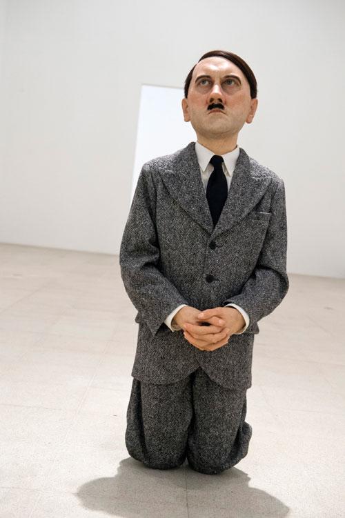 Maurizio-Cattelan-Him-2001-Installation-view.jpg