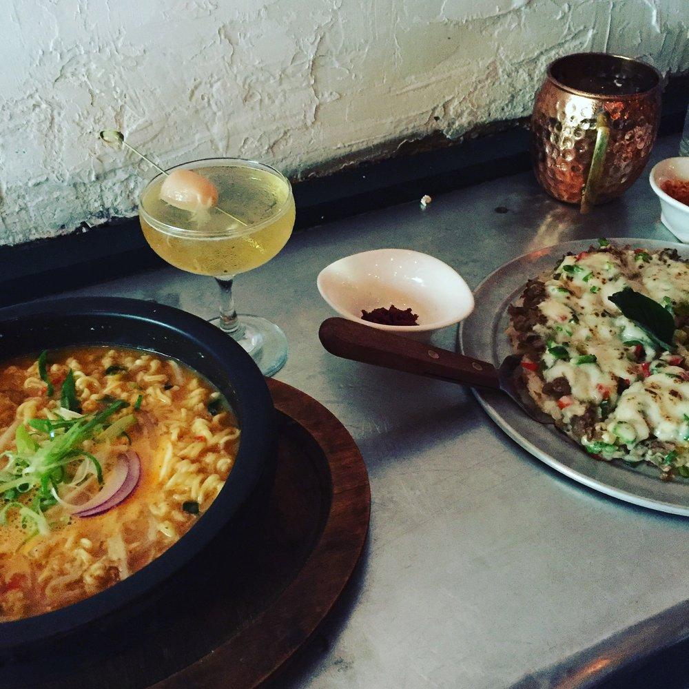 Cheese Ramen & Rice Pizza!?