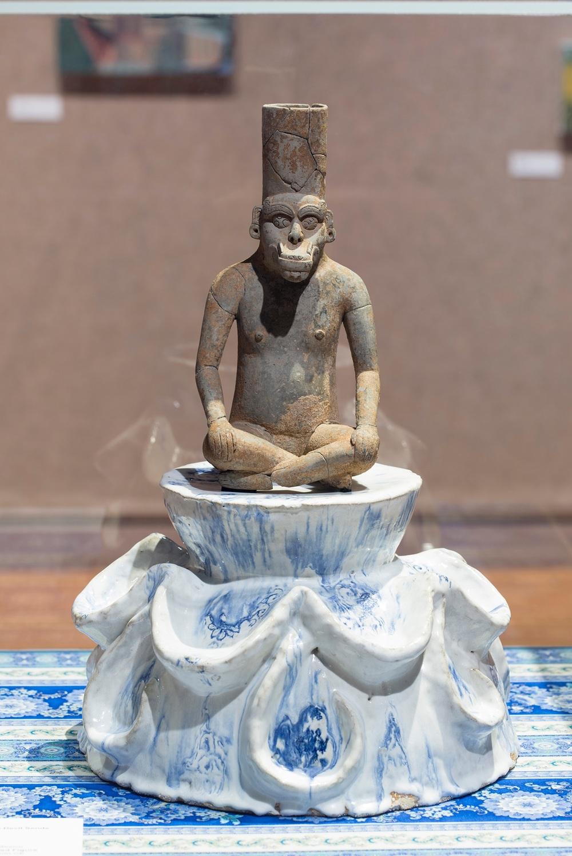 """God sends meat, The devil sends cooks""                Pre-Columbian artifact,ceramic,fabric"