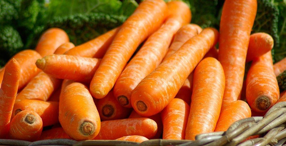 carrots-673184_1920.jpg