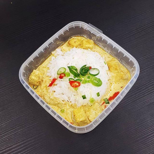 Auf der Suche nach einem gesunden, unkomplizierten Mittagessen? Bestell gleich unseren Lunch der Woche!  #lunchclub #mittagessen #zürich #züri #tsüri #vegan #vegetarisch #lunch #delivery #gesund #healthy #ausgewogen