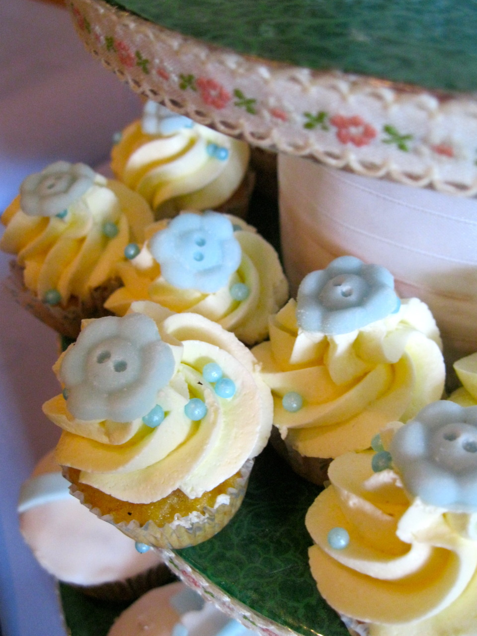 Cute as a button-Joghurt -Honig-Cupcakes
