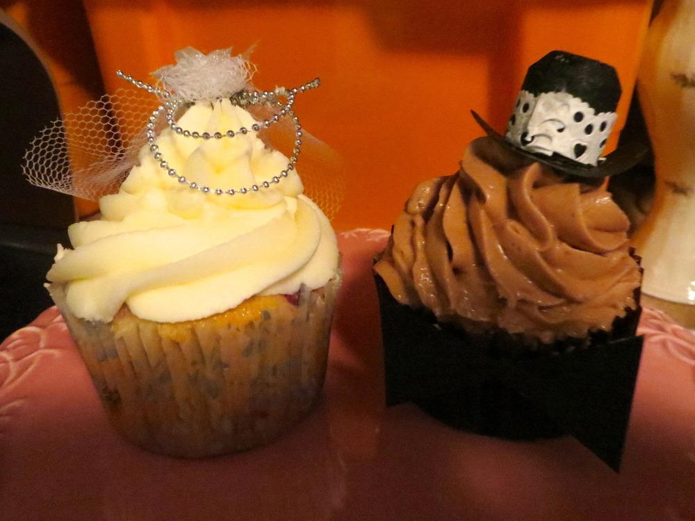 August: Cupcakes für eine Hochzeit!