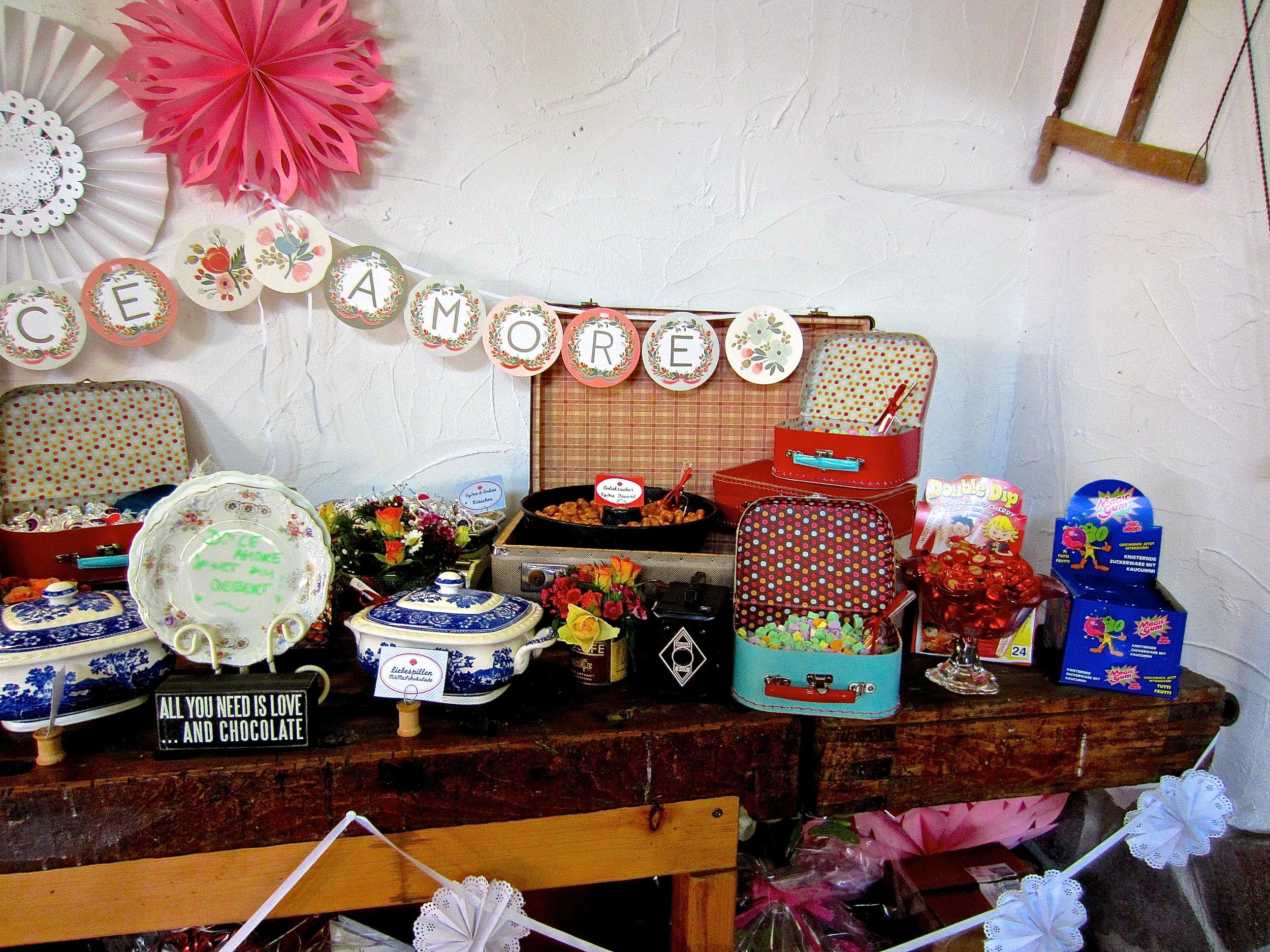 diy hochzeit wie man eine candy bar organisiert das. Black Bedroom Furniture Sets. Home Design Ideas