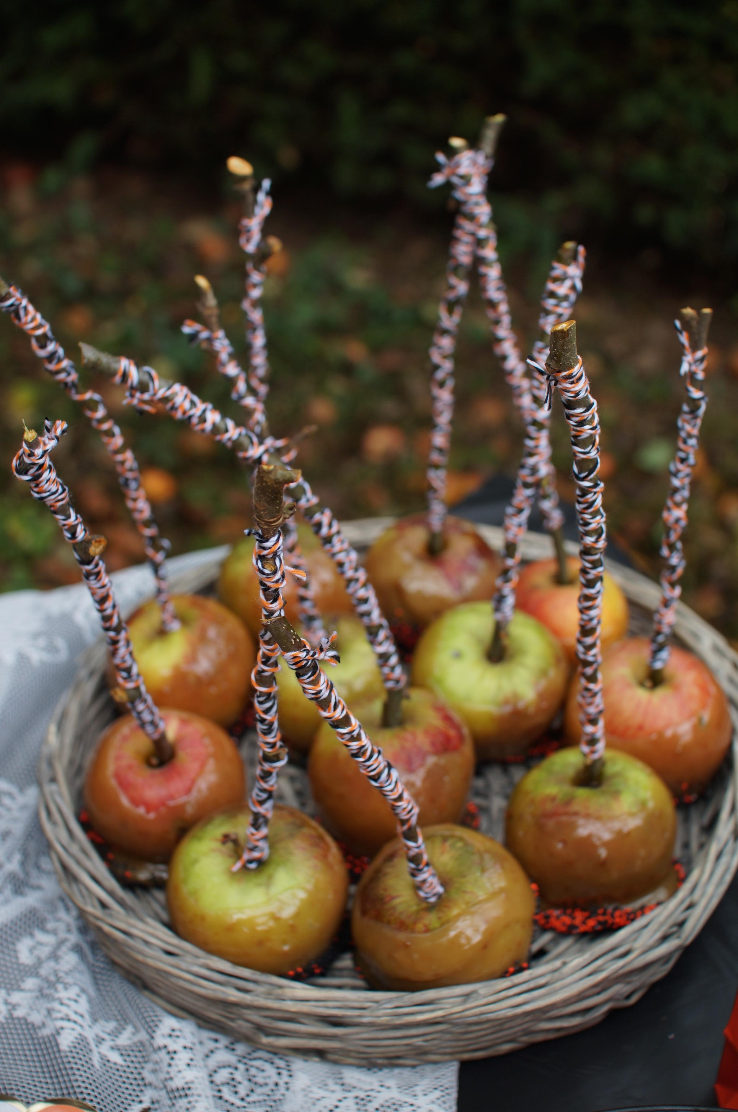 Caramel Candy Apples